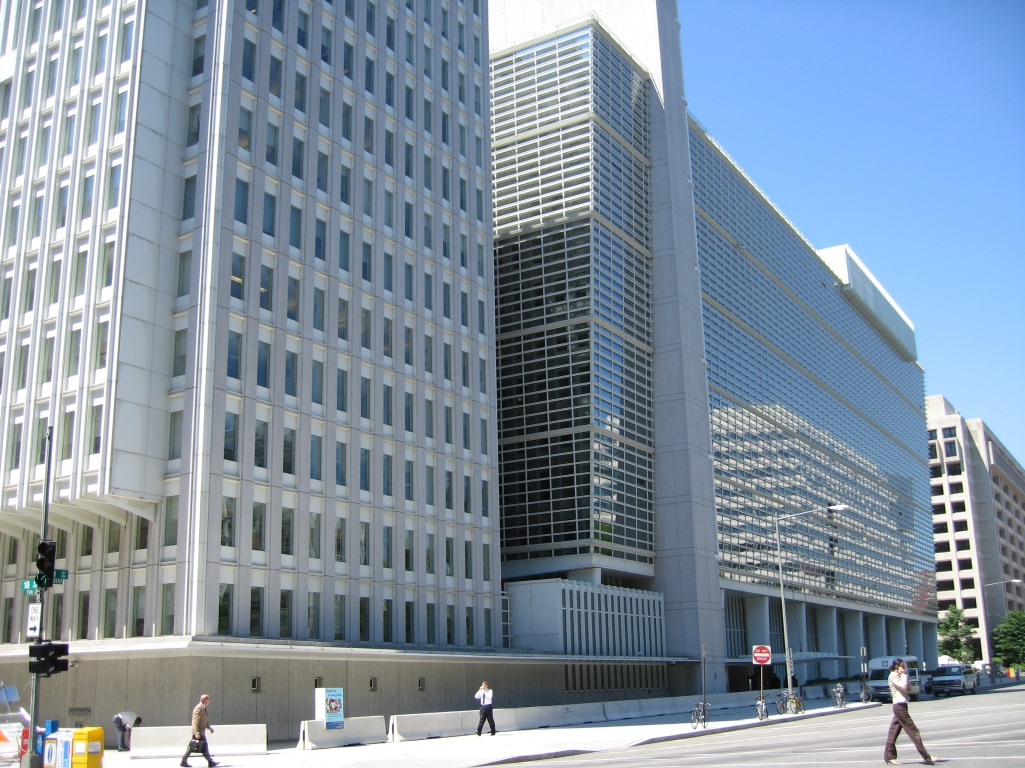 World_Bank_building_at_Washington